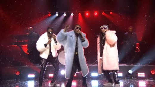 """Migos Perform """"T-Shirt"""" on The Tonight Show"""