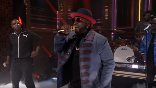 """Big Boi Performs """"Mic Jack"""" on The Tonight Show"""