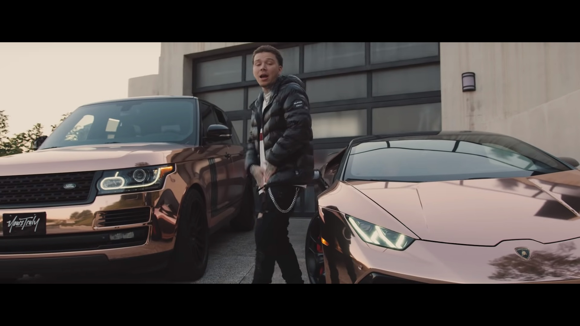 Phora - Don't Change (Video)